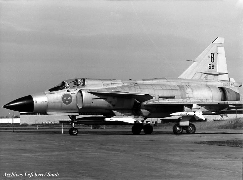 """空军世界 瑞典J37""""""""雷""""""""系列战斗机"""